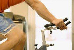bicicleta stationara 300x204 Bicicleta stationara – ghid de alegere si utilizare