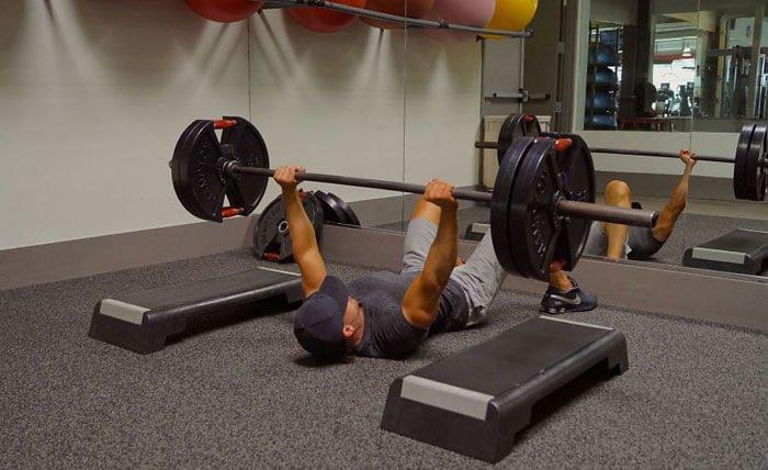 exercitii pentru tricepsi