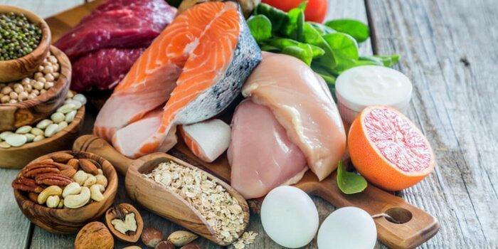 dieta bogata in proteine si in carbohidrati