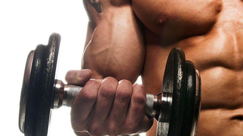 6 exercitii de bodybuilding pentru brate mai musculoase