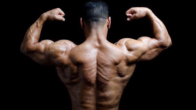 3 antrenamente pentru umeri pentru hipertrofie, putere si rezistenta
